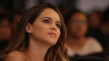 Exclusivo: A bela argentina Luz Cipriota está com os dois pés no Brasil