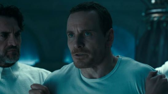 Michael Fassbender e Marion Cotillard estrelam cena inédita de Assassin's Creed