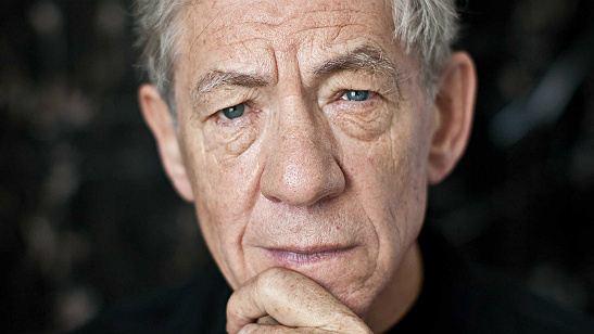 Ian McKellen faz declaração polêmica sobre casos de assédio em Hollywood