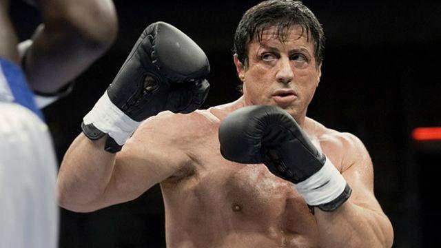 Rocky Balboa é homenageado com cinturão de campeão honorário pelo Conselho Mundial de Boxe