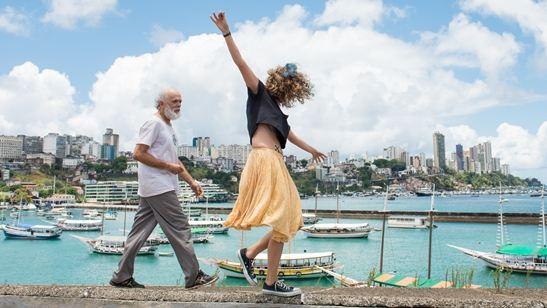 CineBH 2018: Abaixo a Gravidade, de Edgard Navarro, mostra sonho e delírio em Salvador