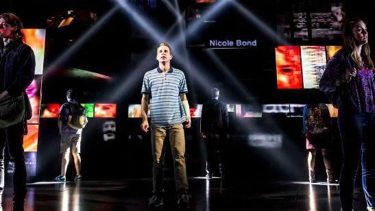 Dear Evan Hansen: Diretor de As Vantagens de Ser Invisível pode comandar adaptação do musical criado por compositores de La La Land