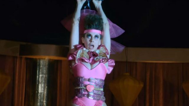 GLOW viaja para Las Vegas no trailer da 3ª temporada