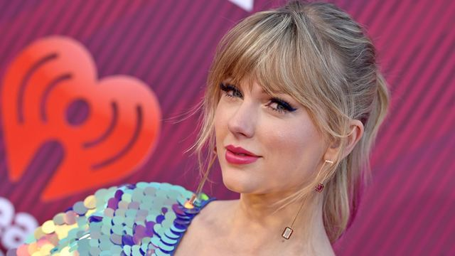 Taylor Swift e outros cantores que se arriscaram no cinema