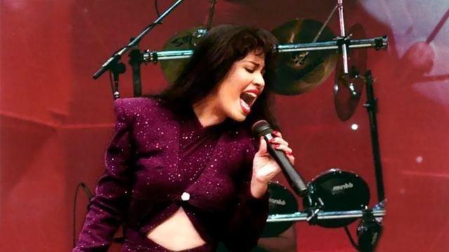 Netflix revela primeiro teaser de série sobre a cantora Selena Quintanilla