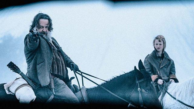 A Verdadeira História da Gangue de Ned Kelly: Filme com Russell Crowe e Nicholas Hoult ganha primeiro trailer