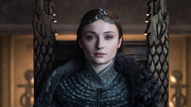 Game of Thrones: Sophie Turner colocou o trono de Sansa Stark em sua casa