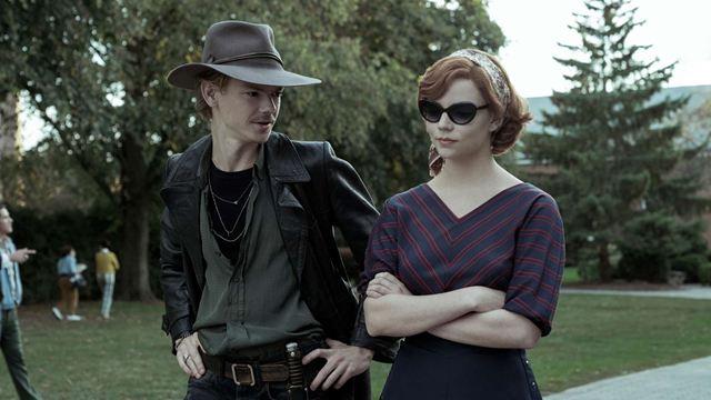 O Gambito da Rainha: Série de Anya Taylor-Joy acumula 100% de aprovação no Rotten Tomatoes