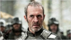 """""""Não entendo Game of Thrones nem o sucesso da série"""" afirma intérprete de Stannis Baratheon"""