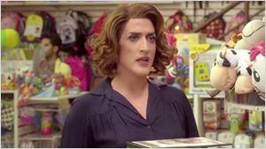 Dona Hermínia está de volta no primeiro trailer de Minha Mãe é uma Peça 2