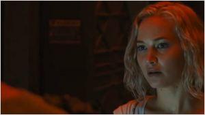 Passageiros: Em clima de tensão, Jennifer Lawrence apela para o 'errado' em cena inédita do filme (Exclusivo)