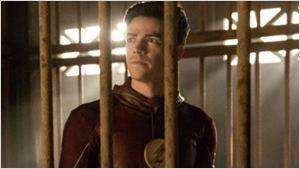 The Flash: Grupo é aprisionado por Gorila Grodd em fotos e trailer estendido de novo episódio