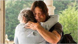 The Walking Dead S07E10: Daryl e Carol se reencontram em 'New Best Friends'
