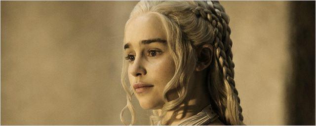 Game of Thrones: Emilia Clarke diz que a sexta temporada matou praticamente todo o elenco e equipe