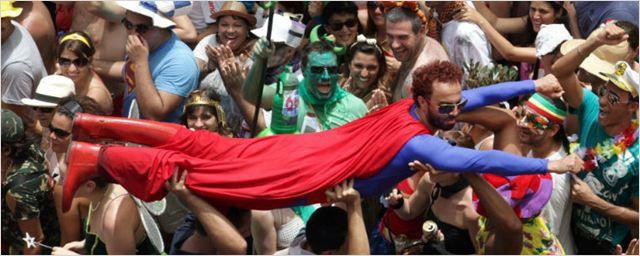 Hora de separar a fantasia e a pipoca! Conheça os Blocos de Carnaval com temas de cinema e série