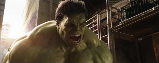 Hulk e Homem-Formiga entram em conflito em divertido comercial do Super Bowl