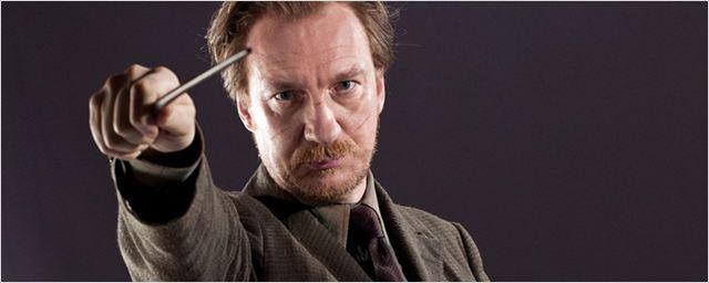J.K. Rowling pede desculpas por Remo Lupin
