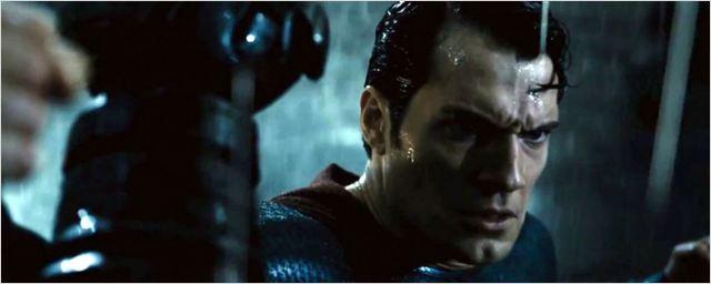 Os 10 melhores vídeos da semana: Batman vs Superman, Capitão América - Guerra Civil e mais