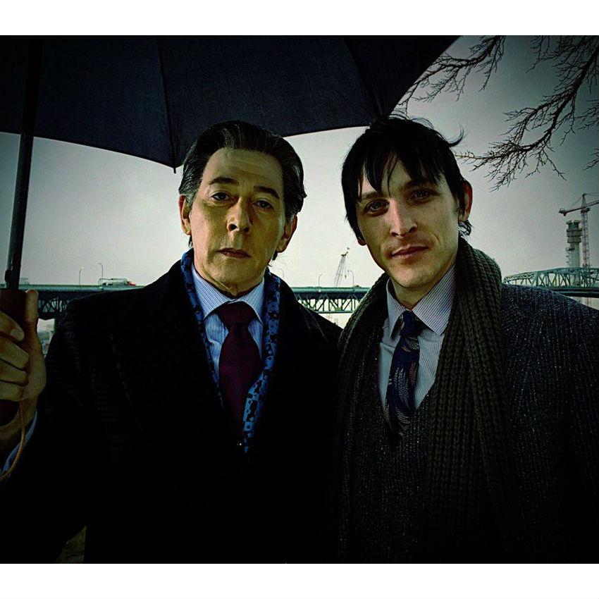 Gotham 000424