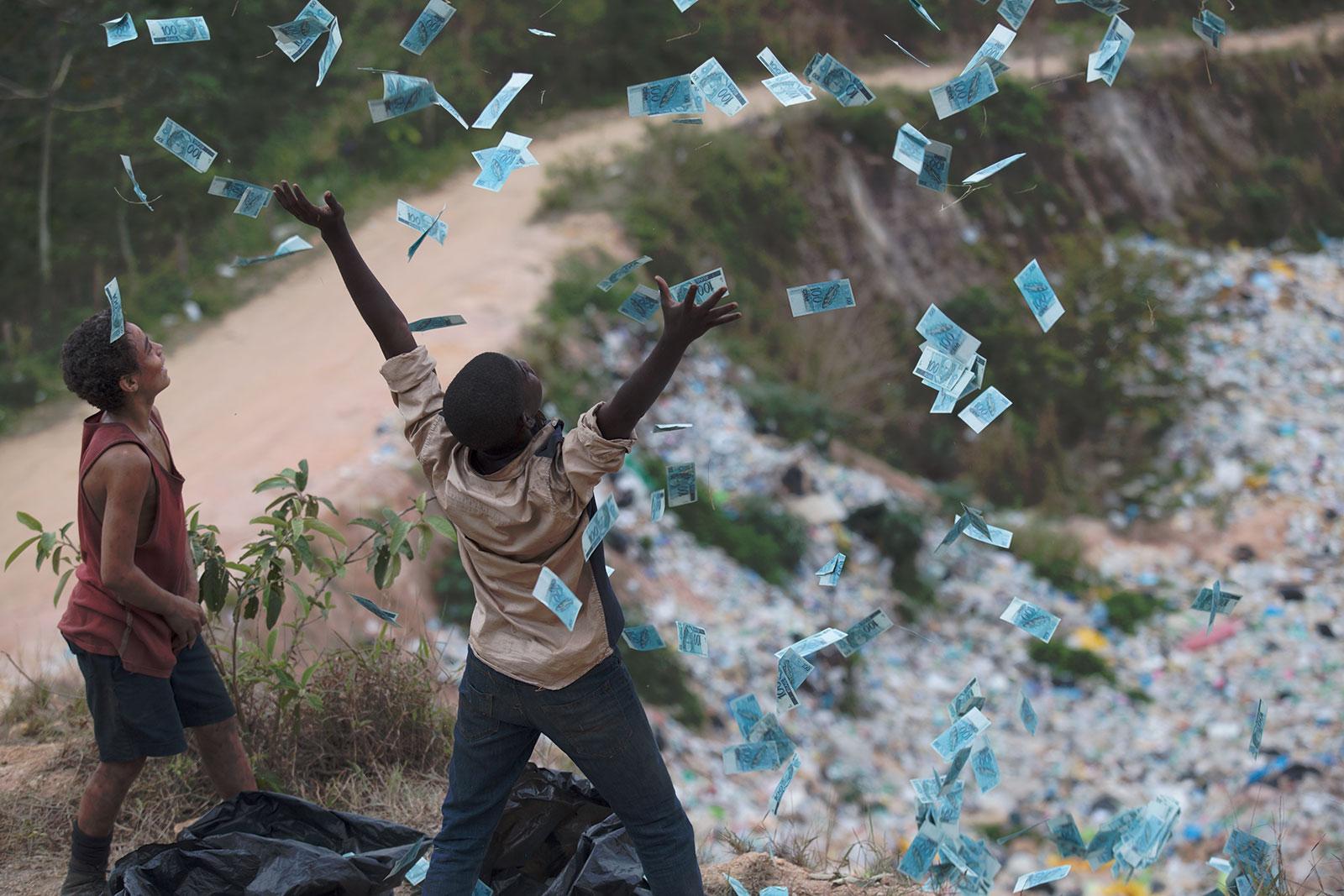 Resultado de imagem para trash a esperança vem do lixo