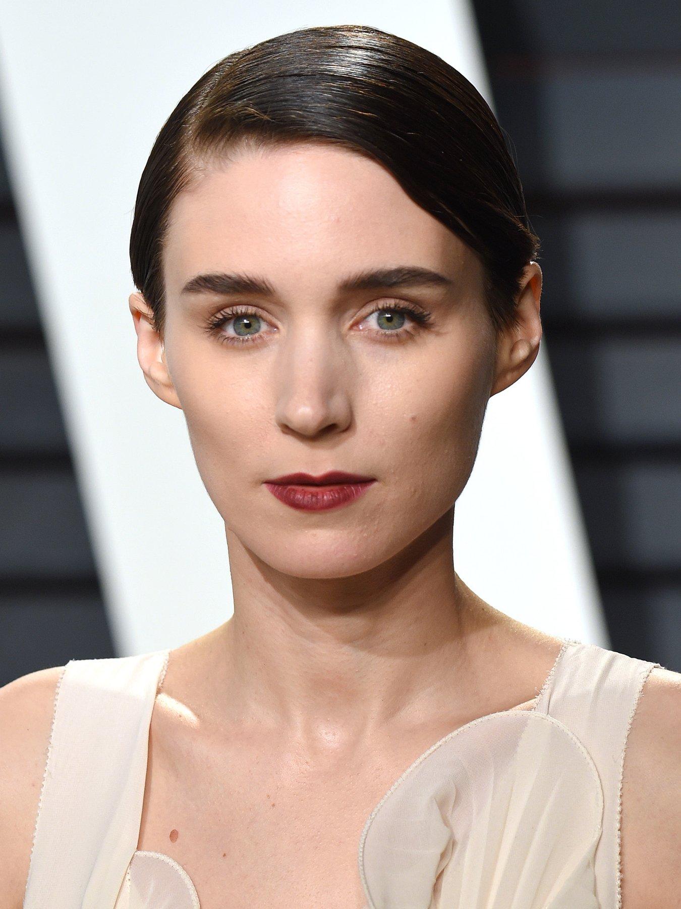American Actress Rooney Mara Wiki, Bio, Age, Height ...  |Rooney Mara