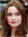 Alice Englert