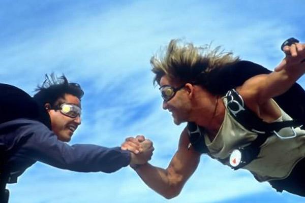 Caçadores De Emoção : Foto Keanu Reeves, Patrick Swayze