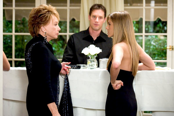 Dizem Por Aí... : Foto Jennifer Aniston, Shirley MacLaine