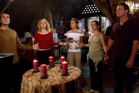 Charmed : Foto Alyssa Milano, Brian Krause, Holly Marie Combs, Jason Lewis, Rose McGowan