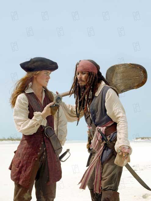 Piratas do Caribe - O Baú da Morte : Foto Johnny Depp, Keira Knightley