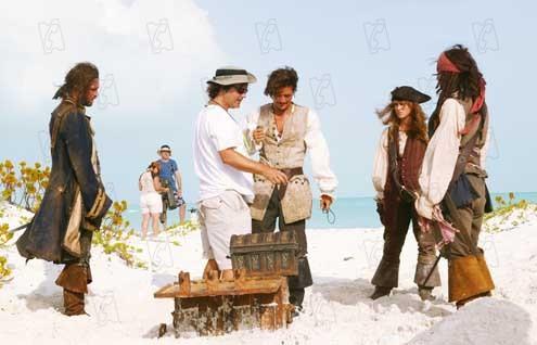 Piratas do Caribe - O Baú da Morte : Foto Gore Verbinski, Jack Davenport, Johnny Depp, Keira Knightley, Orlando Bloom