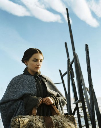 Into the West : Foto Rachael Leigh Cook