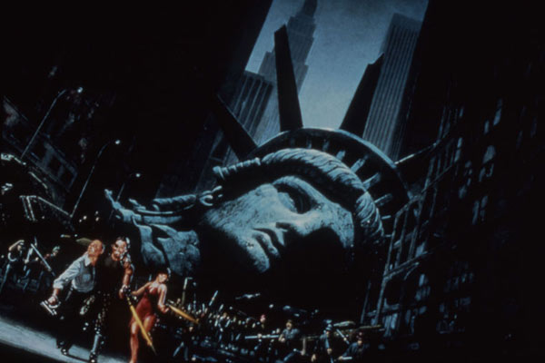 Fuga de Nova York : Foto Adrienne Barbeau, Donald Pleasence, Kurt Russell