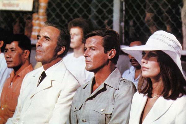 007 Contra o Homem com a Pistola de Ouro : Foto Christopher Lee, Maud Adams, Roger Moore