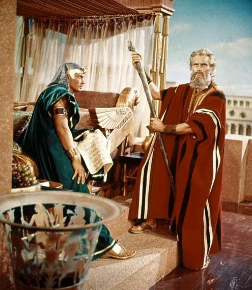 Os Dez Mandamentos : Foto Cecil B. DeMille, Charlton Heston, Yul Brynner