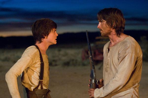 Os Indomáveis : Foto Christian Bale, Logan Lerman