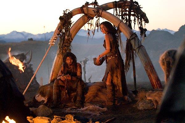 10.000 A.C. : Foto Camilla Belle, Steven Strait