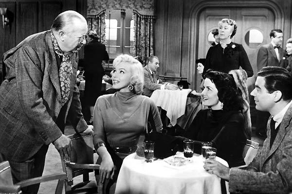 Os Homens Preferem as Loiras : Foto Howard Hawks, Jane Russell, Marilyn Monroe