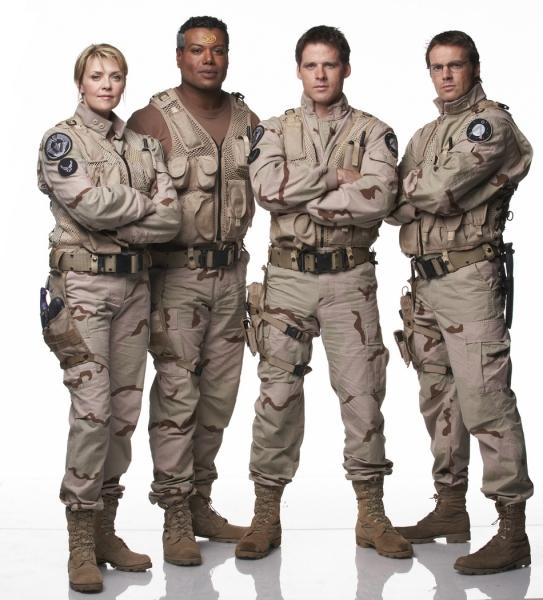 Stargate SG-1 : Foto Amanda Tapping, Ben Browder, Christopher Judge, Michael Shanks (I)