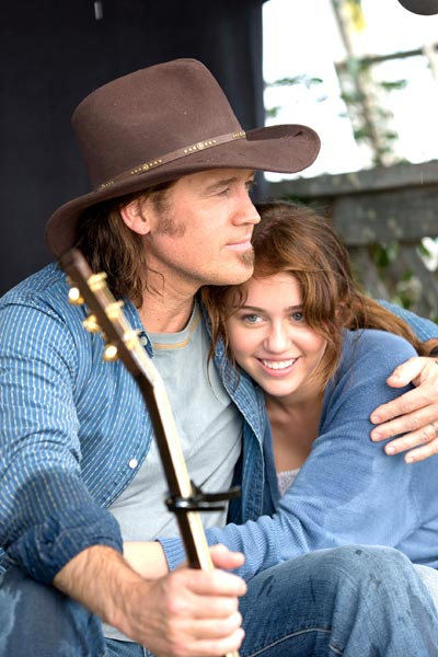 Hannah Montana - O Filme : Foto Billy Ray Cyrus, Miley Cyrus, Peter Chelsom