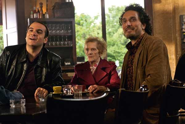 Tellement proches : Foto François-Xavier Demaison, Renée Le Calm, Vincent Elbaz