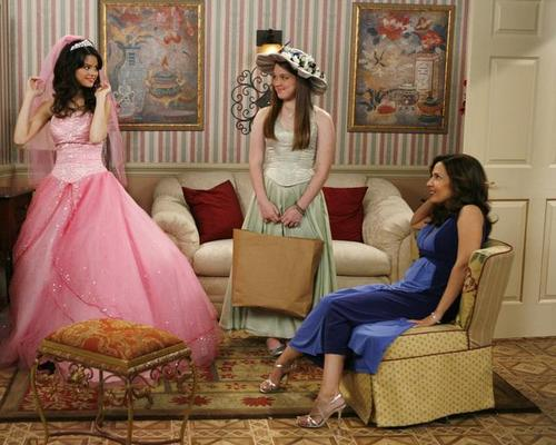 Os Feiticeiros de Waverly Place : Foto Jennifer Stone, Maria Canals, Selena Gomez