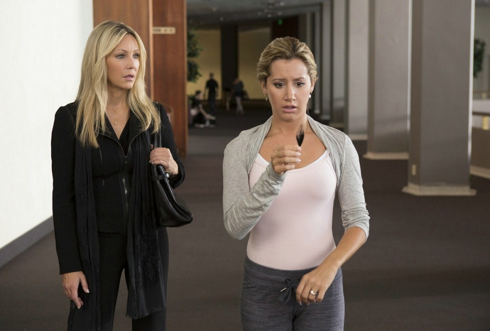 Todo Mundo em Pânico 5 : foto Ashley Tisdale, Heather Locklear