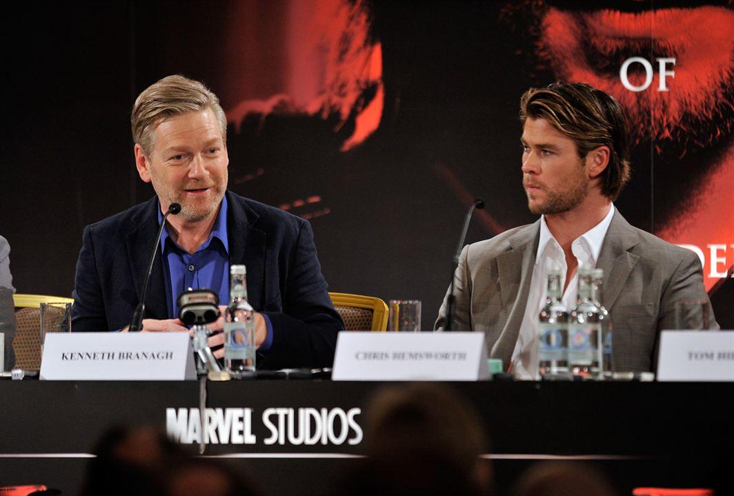 Thor : Foto Chris Hemsworth, Kenneth Branagh