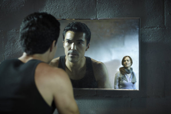 The Event : Foto Ian Anthony Dale, Laura Innes