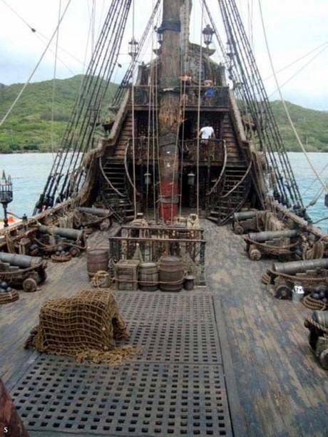 Pirate Ship Deck Backdrop Foto de Piratas do Car...