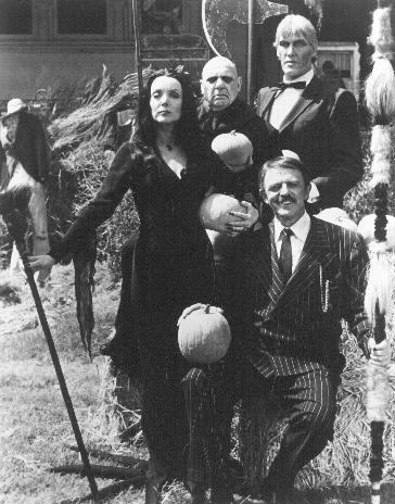 The Addams Family : Foto Carolyn Jones, Jackie Coogan, John Astin, Ted Cassidy