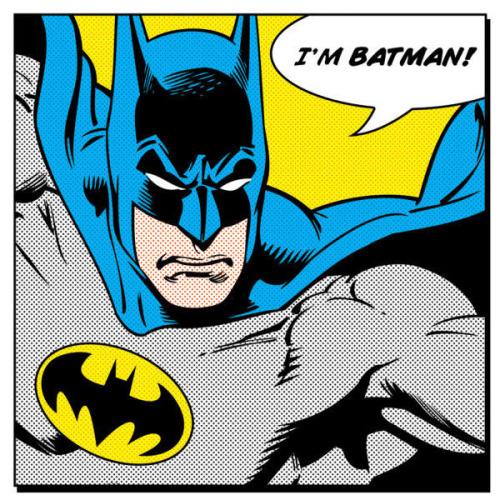 """15. Disputar quem consegue imitar melhor a fala """"I'm Batman"""""""
