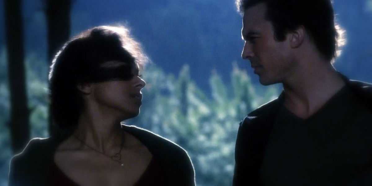 Damon (Ian Somerhalder) e Bonnie (Kat Graham)