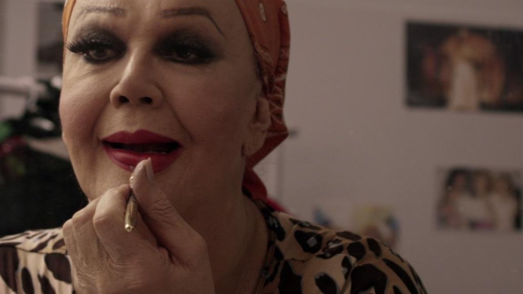 Divinas Divas (22h00 - Canal Brasil)